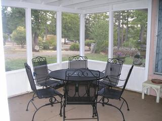 Patio and Porch Screens with Quarter Round Molding